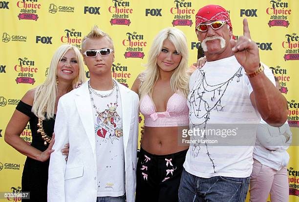Linda Hogan Nick Hogan Brooke Hogan and Hulk Hogan arrive at the 2005 Teen Choice Awards held at Gibson Amphitheatre at Universal CityWalk on August...