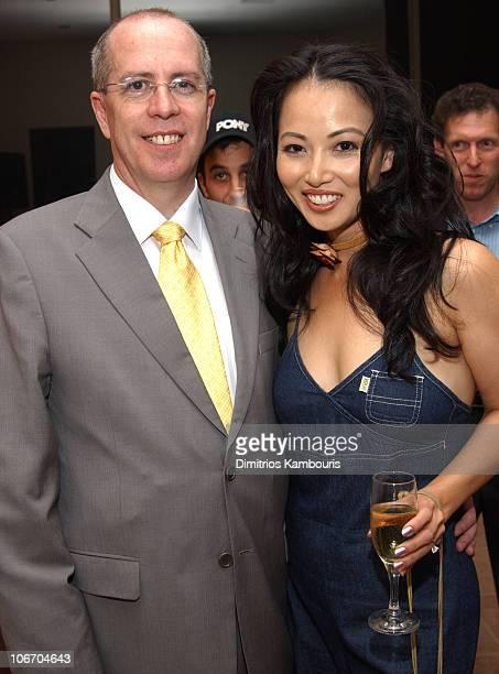 Linda Kim and David Carruthers CEO of BETonSPORTS