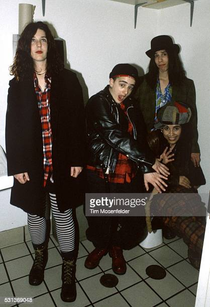 Linda Perry and 4 Non Blondes pose during The Bammies at Johnny Love's on March 4 1993 in San Francisco California