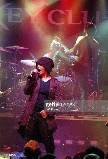 Linda Perry Matt Sorum and Dave Navarro during Camp Freddy Benefit Concert for South East Asia Tsunami Relief at Key Club in Hollywood California...