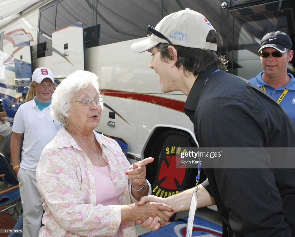 NASCAR - Nextel Cup - 2006 Pepsi 400 - Celebrity Sightings - July 1, 2006 : News Photo