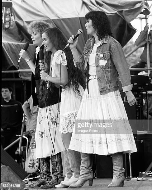 Linda Ronstadt in concert circa 1982 in New York City