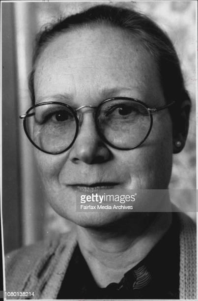 Linda SchofieldOlsenThe Wage Earner 39yearold accountant Linda SchofieldOlsen will get a $750 tax cut August 29 1990