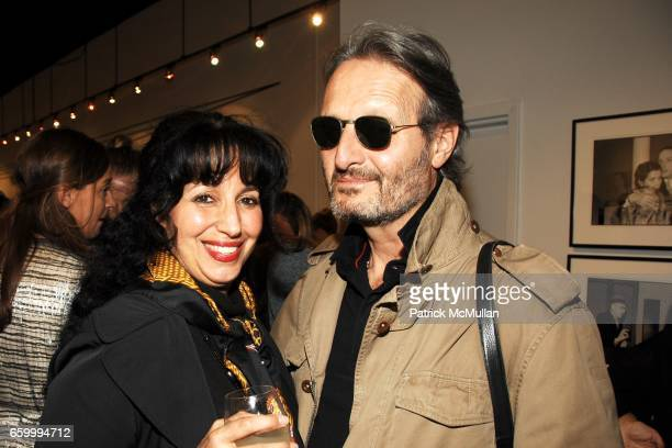 Linda Tepper and guest attend MINA GALLERY Hosts SAM BASSETT and BOBBY GROSSMAN at Mina Gallery on May 14 2009 in New York City