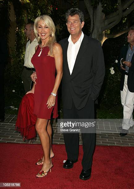 Linda Thompson and David Foster during 6th Annual MercedesBenz DesignCure at Home of Sugar Ray and Bernadette Leonard in Pacific Palisades California...