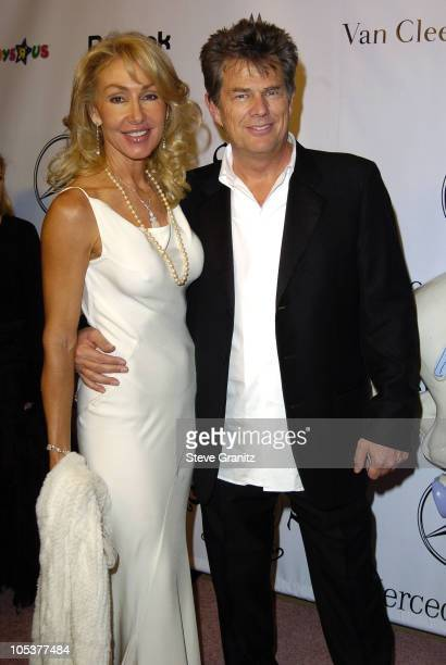 Linda Thompson and David Foster during Mercedes Benz Presents the 16th Annual Carousel Of Hope Gala Arrivals at Beverly Hilton Hotel in Beverly Hills...