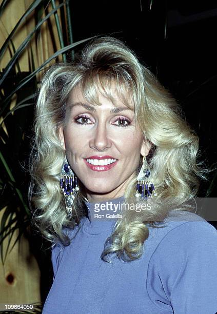 Linda Thompson during National Academy of Recording Arts and Sciences Luncheon December 4 1991 at Bel Age Hotel in Los Angeles California United...