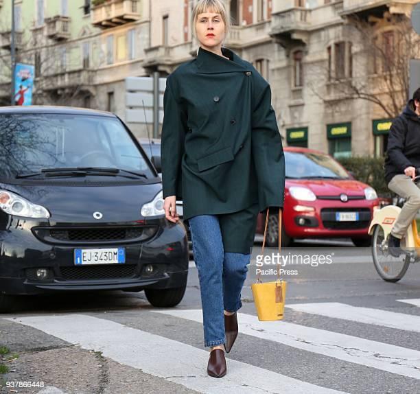 Linda Tol on the street before the Alberta Ferretti show during the Milan Fashion Week