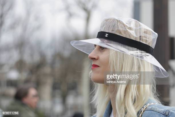 Linda Tol seen wearing Chanel accessories at the Chanel fashion show during Paris Fashion Week Womenswear Fall/Winter 2018/2019 on March 6 2018 in...