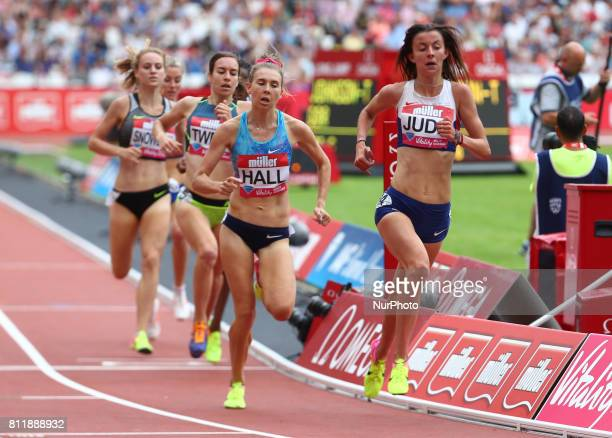 LR Linden Hall and Jessica Judd in Women's 1 Mile Race during Muller Anniversary Games at London Stadium in London on July 09 2017