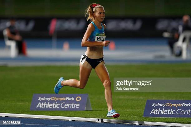 Linden Hall of Victoria competes in the Women's 3000 metres run during the 2018 Sydney Athletics Grand Prix at Sydney olympic Park Athletics Centre...