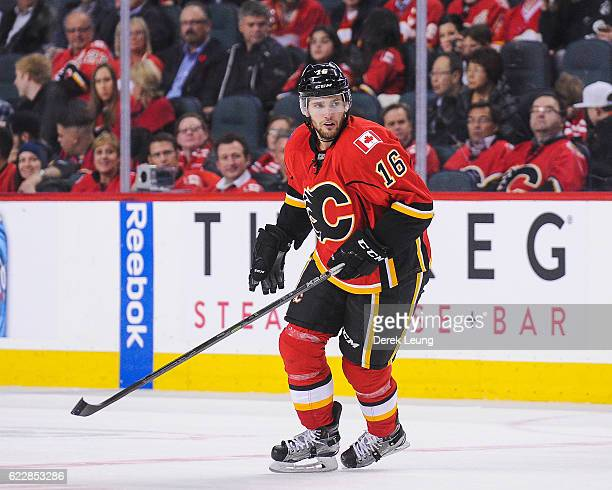 Linden Vey of the Calgary Flames in action against the Dallas Stars during an NHL game at Scotiabank Saddledome on November 10 2016 in Calgary...