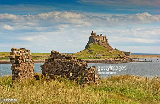 lindisfarne castle - northumberland stock pictures, royalty-free photos & images