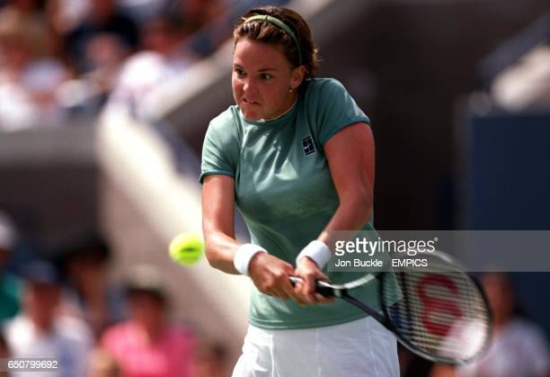 Lindsay Davenport fires home a backhand during her victory over Amy Frazier