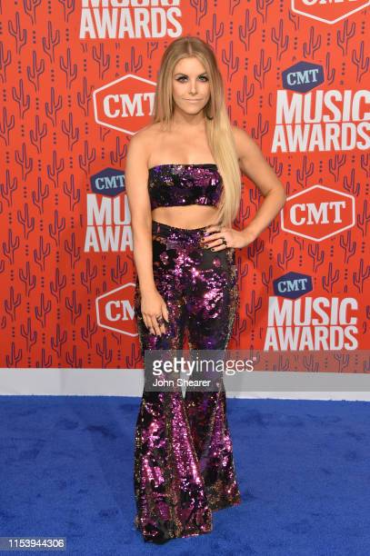 Lindsay Ell attends the 2019 CMT Music Award at Bridgestone Arena on June 05 2019 in Nashville Tennessee