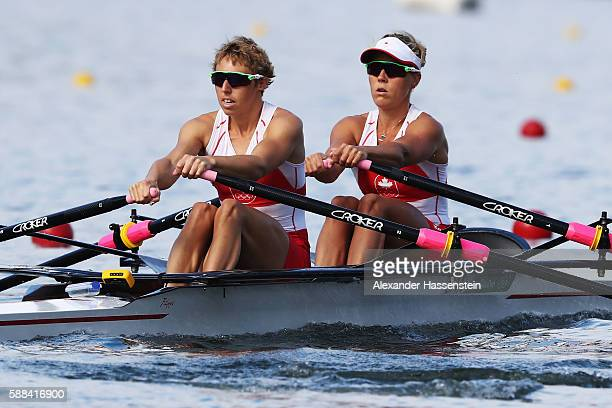 Lindsay Jennerich and Patricia Obee of Canada compete in the Lightweight Women's Double Sculls Semi Finals on Day 6 of the 2016 Rio Olympics at Lagoa...