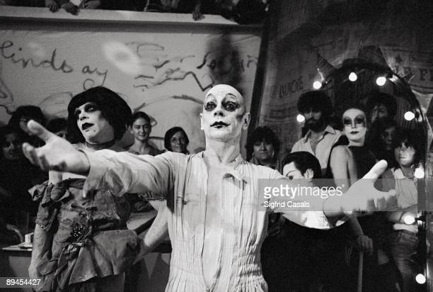Lindsay Kemp actor and stage director Lindsay Kemp made up in a performance