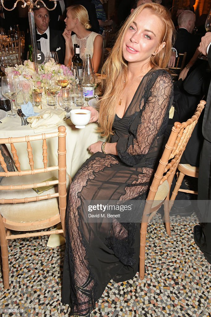 Lindsay Lohan attends the 2015 FIA Formula E Visa London ePrix Gala Dinner at the Natural History Museum on June 28, 2015 in London, England.