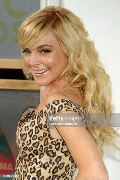 Lindsay Lohan during 2005 MTV Video Music Awards - Arrivals at American Airlines Arena in Miami, Florida, United States.