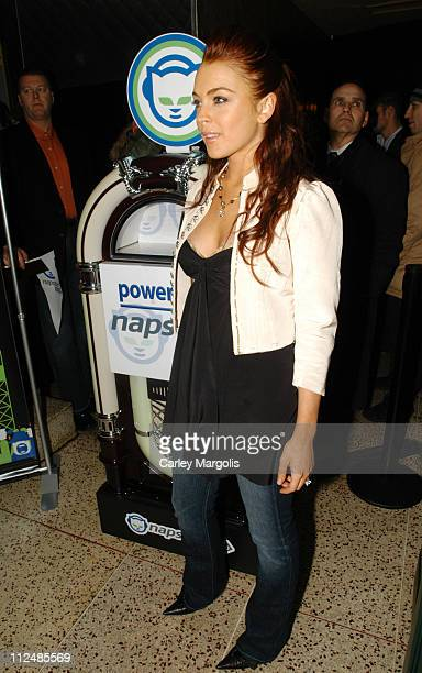 "Lindsay Lohan during Napster Launches ""Napster To Go"" Cafe Tour with Free Music and MP3 Players at The Coffee Shop in New York City, New York, United..."