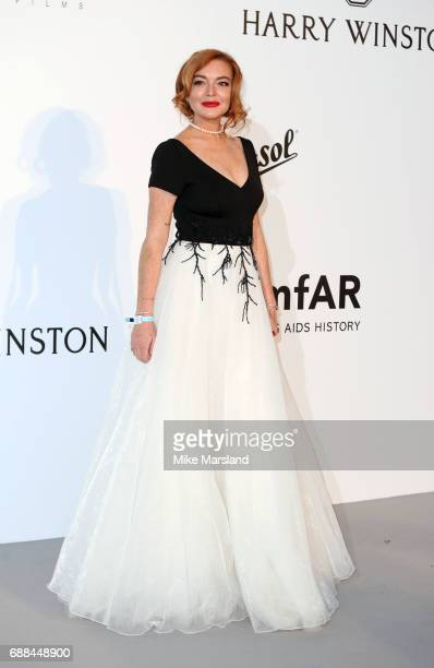Lindsay Lohanarrives at the amfAR Gala Cannes 2017 at Hotel du CapEdenRoc on May 25 2017 in Cap d'Antibes France
