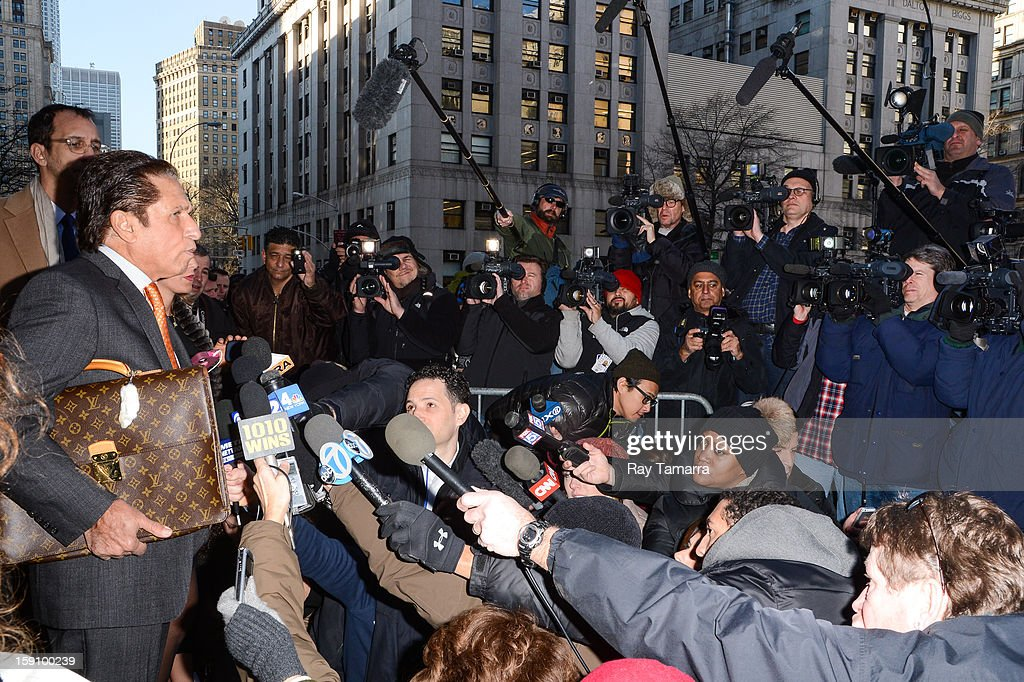 Lindsay Lohan's attorney Mark Heller speaks to the press at Manhattan Criminal Court on January 7, 2013 in New York City.
