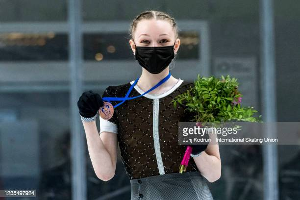 Lindsay Thorngren of USA pose with the bronze medal during medal ceremony after the ISU Junior Grand Prix of Figure Skating at Tivoli Hall on...