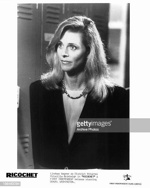Lindsay Wagner in a scene from the film 'Ricochet' 1991