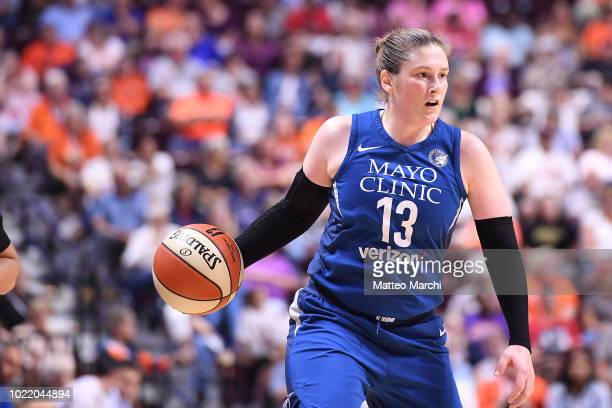Lindsay Whalen of the Minnesota Linx handles the ball during the game against the Connecticut Sun on August 17 2018 at the Mohegan Sun Arena in...