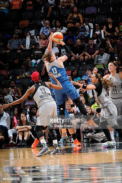Lindsay Whalen of the Minnesota Lynx shoots the ball against the San Antonio Stars in Game Two of the Western Conference Semifinals during the 2014...