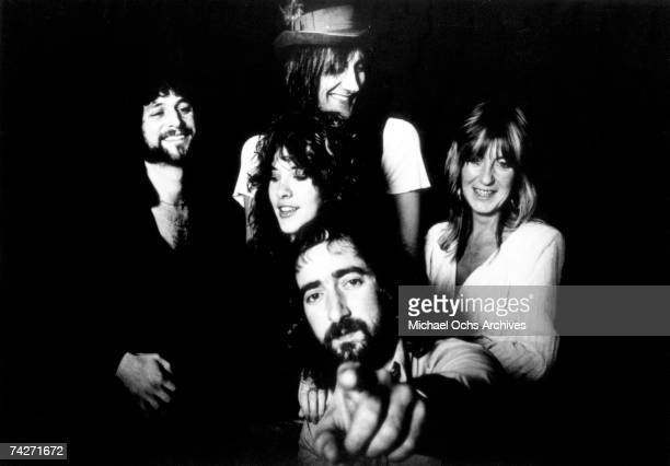 Lindsey Buckingham Mick Fleetwood Christine McVie John McVie and Stevie Nicks of the rock and roll group Fleetwood Mac pose for a portrait in circa...