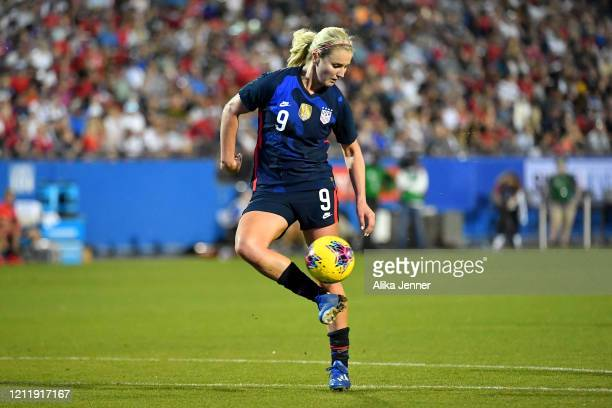 Lindsey Horan of United States controls the ball during the second half of the SheBelieves Cup match against the Japan at Toyota Stadium on March 11...