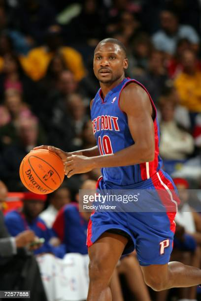 Lindsey Hunter of the Detroit Pistons moves the ball against the Golden State Warriors on November 11 2006 at Oracle Arena in Oakland California The...