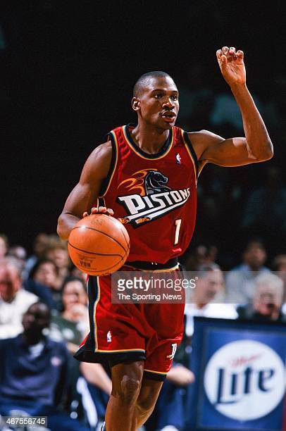 Lindsey Hunter of the Detroit Pistons moves the ball during the game against the Houston Rockets on February 15 2000 at Compaq Center in Houston Texas