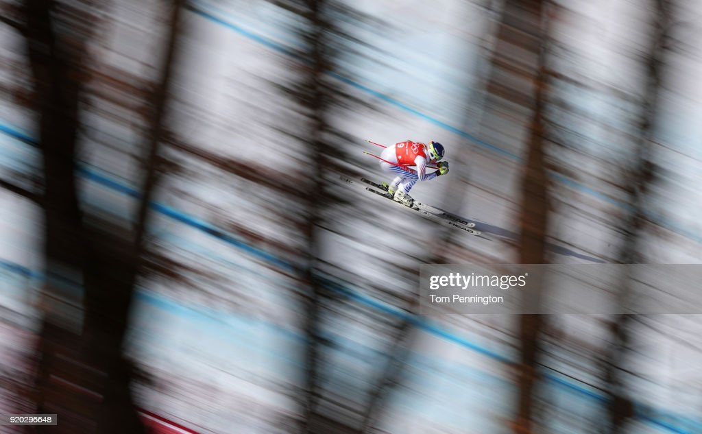 Lindsey Vonn of the United States makes a run during Alpine Skiing Ladies' Downhill Training on day 10 of the PyeongChang 2018 Winter Olympic Games at Jeongseon Alpine Centre on February 19, 2018 in Pyeongchang-gun, South Korea.