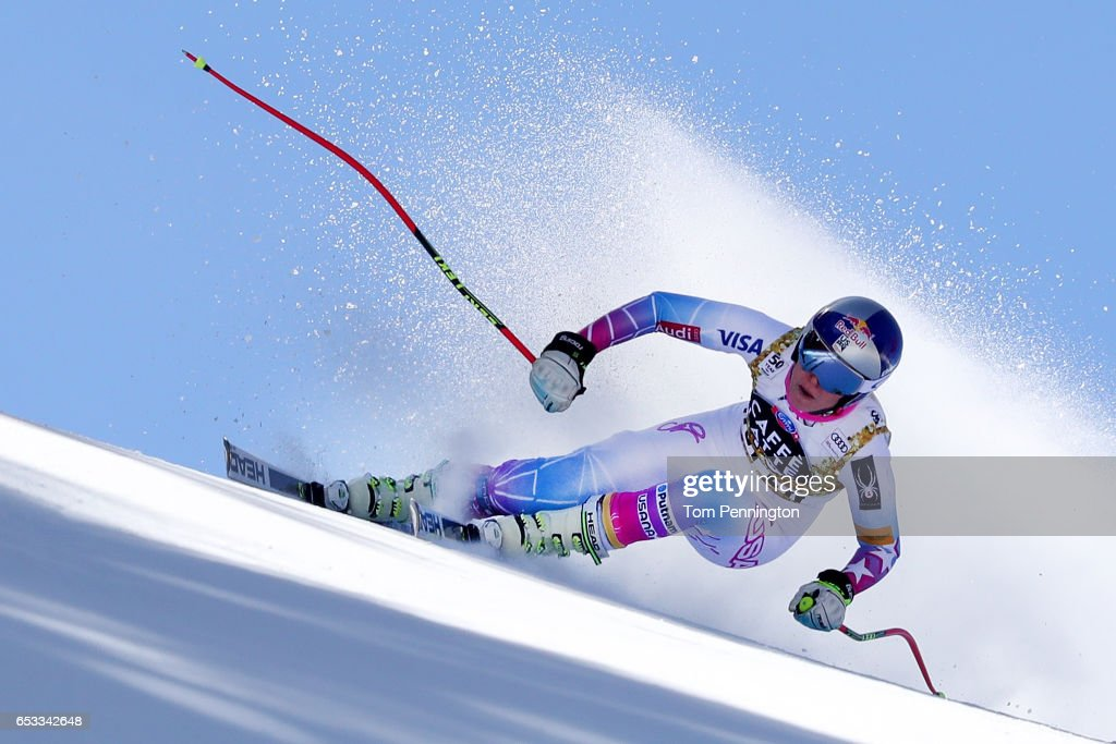 Lindsey Vonn of the United States skis during a training run for the ladies' downhill at the Audi FIS Ski World Cup Finals at Aspen Mountain on March 14, 2017 in Aspen, Colorado.