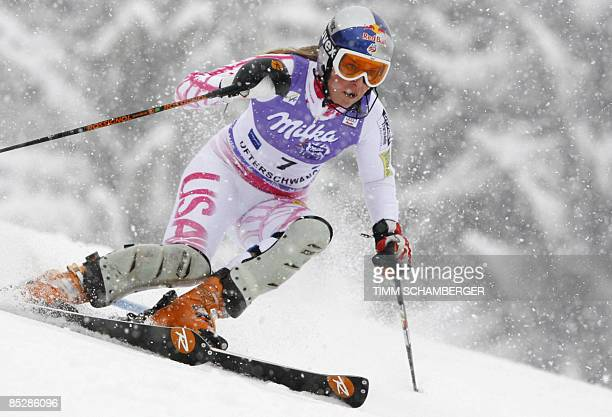 Lindsey Vonn of the US competes in the women's slalom event of the FIS ski world cup in Ofterschwang, southern Germany, on March 7, 2009. AFP PHOTO...