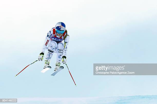 Lindsey Vonn of the USA competes during the Audi FIS Alpine Ski World Cup Women's Downhill on January 09 2016 in AltenmarktZauchensee Austria