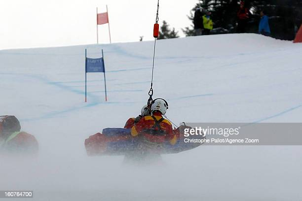 Lindsey Vonn of the USA is helicoptered off the course during the Audi FIS Alpine Ski World Championships Women's SuperG on February 05 2013 in...
