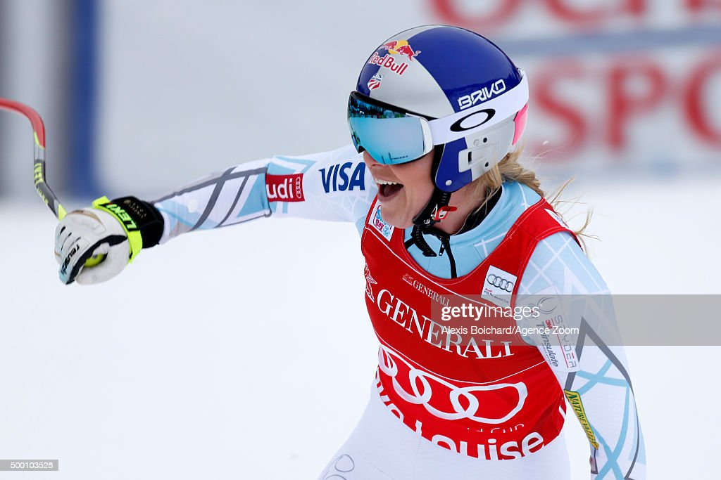 Lindsey Vonn of the USA takes 1st place during the Audi FIS Alpine Ski World Cup Women's Downhill on December 05, 2015 in Lake Louise, Canada.