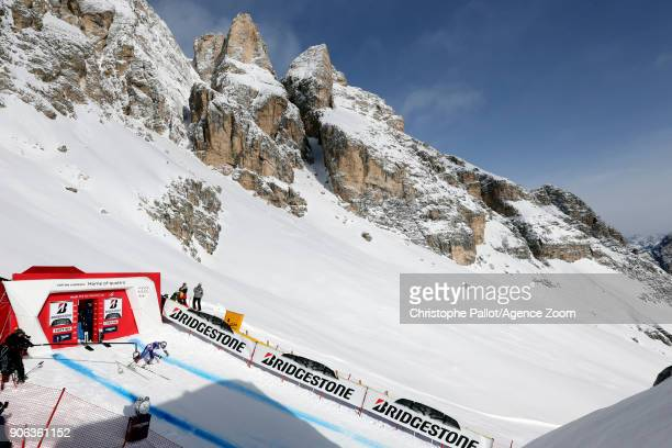 Lindsey Vonn of USA at the start during the Audi FIS Alpine Ski World Cup Women's Downhill Training on January 18 2018 in Cortina d'Ampezzo Italy