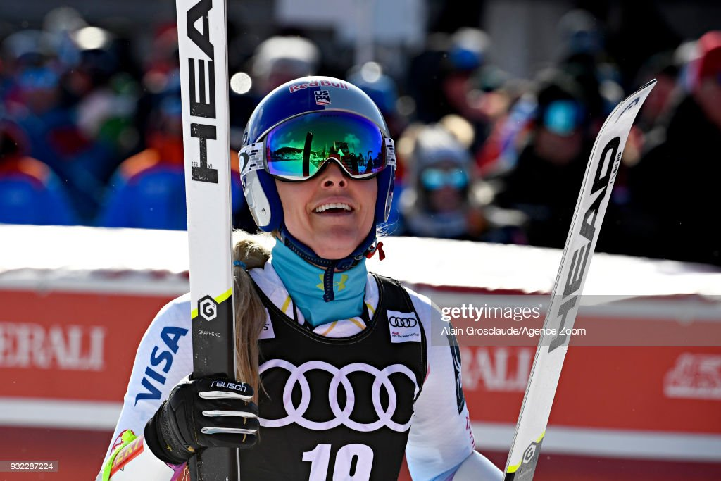 Lindsey Vonn of USA celebrates during the Audi FIS Alpine Ski World Cup Finals Men's and Women's Super G on March 15, 2018 in Are, Sweden.