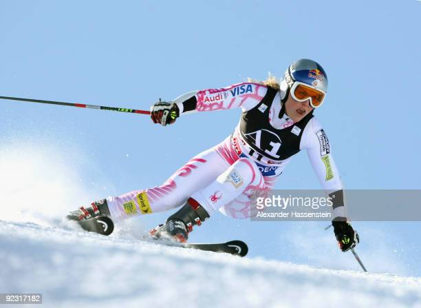 Lindsey Vonn of USA competes in the Women's giant slalom event of the Woman's Alpine Skiing FIS World Cup at the Rettenbachgletscher on October 24,...