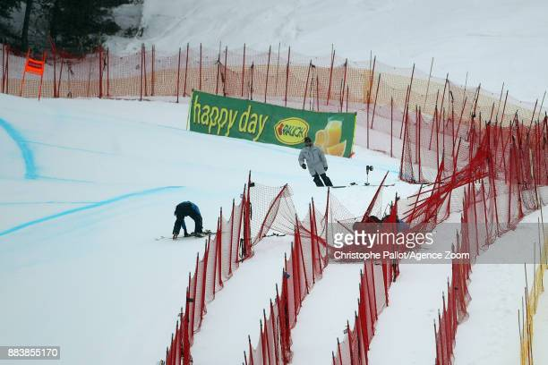 Lindsey Vonn of USA crashes out during the Audi FIS Alpine Ski World Cup Women's Downhill on December 1 2017 in Lake Louise Canada