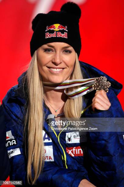Lindsey Vonn of USA wins the bronze medal during the FIS World Ski Championships Women's Downhill on February 10 2019 in Are Sweden