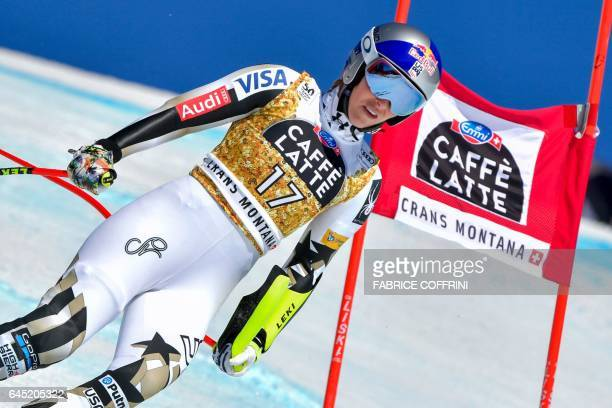 US Lindsey Vonn passes a gate after she crashed in the Alpine Skiing FIS World Cup Ladies Super G race on February 25 2017 in CransMontana / AFP /...