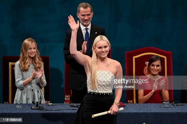 Lindsey Vonn receives the Princess of Asturias Award for the Sports 2019 from Princess Leonor of Spain during the Princesa de Asturias Awards 2019...