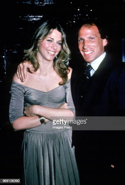Lindsey Wagner and Dr Don Weissman circa 1982 in New York City