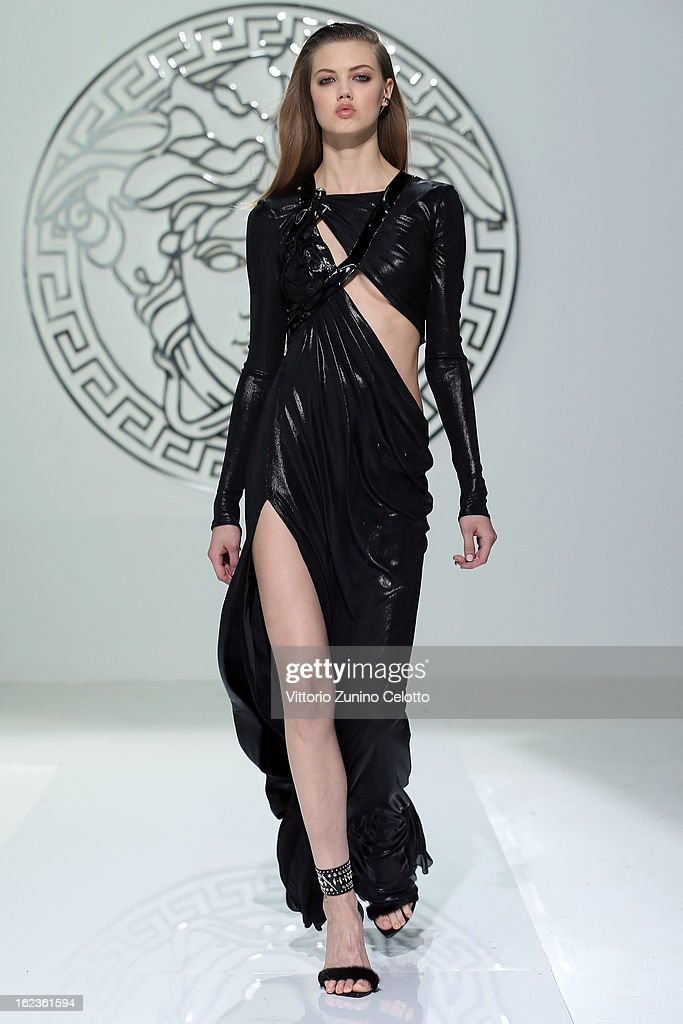 Lindsey Wixson walks the runway at the Versace fashion show during Milan Fashion Week Womenswear Fall/Winter 2013/14 on February 22, 2013 in Milan, Italy.