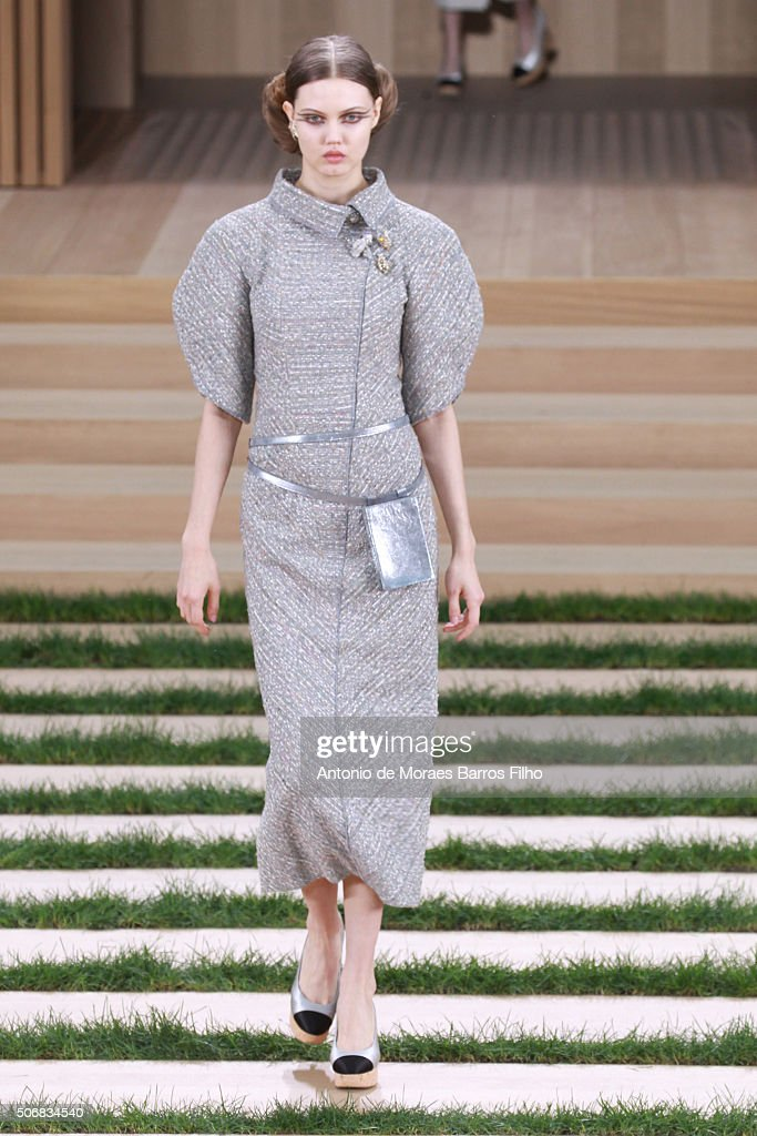 Lindsey Wixson walks the runway during the Chanel Haute Couture Spring Summer 2016 show as part of Paris Fashion Week on January 26, 2016 in Paris, France.
